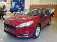 Bán Ford Focus đời 2018, màu đỏ, giá chỉ 560 triệu giá 560 triệu tại Nghệ An