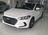 Bán Hyundai Elantra 1.6 AT năm sản xuất 2018, màu trắng, giá 620tr giá 620 triệu tại Ninh Bình