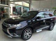 Bán Mitsubishi Outlander 2.0 CVT đời 2018, màu đen số tự động giá 808 triệu tại Hà Nội