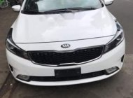 Cần bán Kia Cerato đời 2016, màu trắng, nhập khẩu giá 495 triệu tại Đắk Lắk