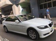 Bán BMW 320i 2011, màu trắng, xe nhập, giá chỉ 610 triệu giá 610 triệu tại Tp.HCM