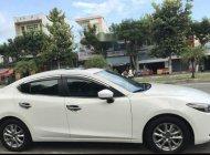 Bán Mazda 3 AT đời 2017, màu trắng chính chủ, giá tốt giá 651 triệu tại Đà Nẵng