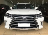 Bán Lexus LX570 màu trắng, nội thất nâu da bò, sản xuất 2016 đăng ký 2017, xe siêu đẹp giờ sang tên 2%. Lăn bánh 8000Km, giá 7 tỷ 360 tr tại Hà Nội