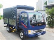 xe tải jac 2t4 mui bạt giá bao nhiêu? cần mua xe tải jac 2t4 mui bạt giá 295 triệu tại Tp.HCM