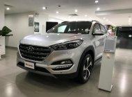 Hyundai Tucson Full xăng bạc xe giao ngay, giá tốt, hỗ trợ vay trả góp ls ưu đãi. LH: 0903175312 giá 920 triệu tại Tp.HCM