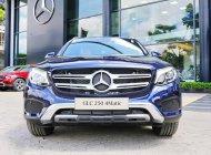Mercedes GLC 250 hỗ trợ vay cao, tặng bảo hiểm giá 1 tỷ 939 tr tại Tp.HCM