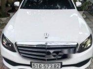 Bán Mercedes E200 đời 2017, màu trắng chính chủ giá 1 tỷ 888 tr tại Tp.HCM