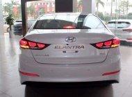 Bán ô tô Hyundai Elantra sản xuất 2018, màu trắng, giá tốt giá 638 triệu tại Khánh Hòa