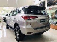 Cần bán xe Toyota Fortuner đời 2019, màu bạc giá 1 tỷ 26 tr tại Tp.HCM
