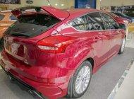 Bán xe Ford Focus năm sản xuất 2018, màu đỏ giá 575 triệu tại Tp.HCM