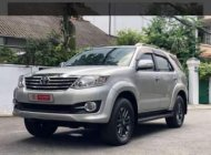 Bán Toyota Fortuner 2.7AT năm sản xuất 2015, màu bạc  giá 850 triệu tại Tp.HCM
