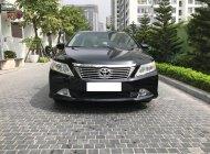 Cần bán Toyota Camry 2.0E sx 2015 màu đen giá 825 triệu tại Hà Nội