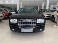 Cần bán xe Chrysler 300C năm 2008, nhập khẩu nguyên chiếc giá 590 triệu tại Tp.HCM