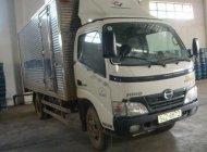 Bán xe Hino 300 Series WU 342L 1,84T năm sản xuất 2010, màu trắng, 400tr giá 400 triệu tại Tp.HCM