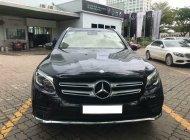 Bán Mercedes GLC 300 4Matic sản xuất 2017, màu đen, nội thất đen, biển HN giá 2 tỷ 60 tr tại Hà Nội