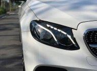 Cần bán lại xe Mercedes E300 AMG năm 2017, màu trắng, nhập khẩu giá 2 tỷ 700 tr tại Tp.HCM