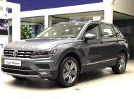 Bán Volkswagen Tiguan bản cao cấp sản xuất năm 2019, màu đen, nhập khẩu giá 1 tỷ 729 tr tại Tp.HCM