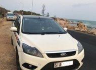 Cần bán Ford Focus sản xuất năm 2011, màu trắng giá 390 triệu tại Tp.HCM
