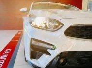 Cần bán Kia Cerato sản xuất năm 2019, màu trắng, giá tốt giá 635 triệu tại Bình Dương