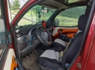 Cần bán lại xe cũ Fiat Doblo đời 2004, màu đỏ giá 100 triệu tại Bến Tre
