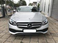 Bán Mercedes E250 BH 3 năm, ĐK 8/2018 (Chính hãng Mercedes) giá 2 tỷ 320 tr tại Tp.HCM