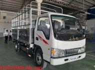 Bán JAC 2t4 2019 máy ISUZU thùng 4m3 hỗ trợ vay 80% giá 335 triệu tại Tp.HCM