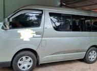 Gia đình bán xe Toyota Hiace đời 2011, màu xanh ngọc giá 380 triệu tại Đồng Nai