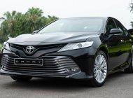 Bán Toyota Camry 2019, màu trắng, nhập khẩu giá 1 tỷ 235 tr tại Hà Nội