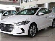 Bán ô tô Hyundai Elantra 2.0AT sản xuất 2019, màu trắng giá 655 triệu tại Tp.HCM