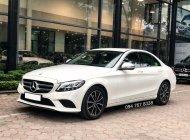 Cần bán gấp Mercedes C200 2019 màu trắng, chính chủ, biển đẹp giá cực tốt giá 1 tỷ 399 tr tại Hà Nội
