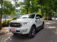 Cần bán xe Ford Everest Titanium 4x2AT năm 2017, màu trắng, nhập khẩu nguyên chiếc giá 1 tỷ 55 tr tại Hà Nội
