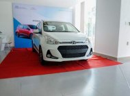 Bán Hyundai Grand i10 1.2 AT 2019, màu trắng, giá chỉ 405 triệu giá 405 triệu tại Tp.HCM
