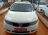 Cần bán gấp Kia Forte S sản xuất năm 2013, màu trắng giá 386 triệu tại Lâm Đồng