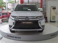 Bán Mitsubishi Outlander đời 2019, màu trắng, 807 triệu, khuyến mãi cực sốc. LH 0934515226 ngay để được giá tốt nhất giá 807 triệu tại Hà Nội