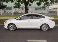 Chính chủ bán Hyundai Accent 1.4MT sản xuất 2018, màu trắng, xe nhập giá 405 triệu tại Hà Nội