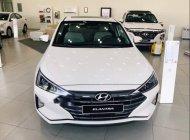 Cần bán Hyundai Elantra 2019, màu trắng, nhập khẩu, giá 580tr giá 580 triệu tại Tp.HCM