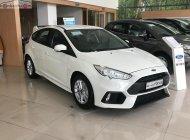 Bán Ford Focus Trend được nâng cấp lên RS rất thể thao và mạnh mẽ giá 590 triệu tại Nghệ An