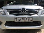 Bán Toyota Innova E đời 2013, màu bạc, giá tốt giá 435 triệu tại Bến Tre