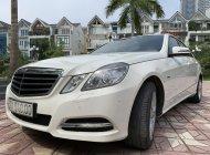 Bán xe Mercedes E250 năm 2011, màu trắng giá 850 triệu tại Hà Nội