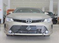 Bán Toyota Camry 2.5 sản xuất 2016,2.5 at, màu vàng, giá chỉ 950 triệu giá 950 triệu tại Tp.HCM