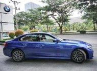 BMW 3 Series 330i đời 2019, màu xanh lam, xe nhập khẩu châu âu, thể thao, trẻ trung vượt trội giá 2 tỷ 379 tr tại Tp.HCM