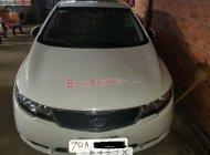 Gia đình bán xe Kia Forte SX 1.6 MT 2013, màu trắng giá 335 triệu tại Đồng Nai