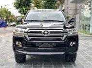 Bán xe Toyota Land Cruiser VXR Trung Đông sx 2016 LH 094.539.2468 Ms Hương giá 5 tỷ 900 tr tại Hà Nội