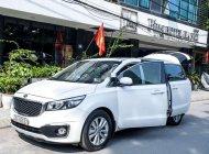 Bán xe Kia Sedona đời 2016, màu trắng giá 930 triệu tại Hà Nội