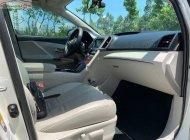 Cần bán gấp Toyota Venza năm sản xuất 2009, màu trắng, xe nhập giá 795 triệu tại Tp.HCM
