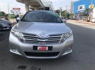 Cần bán gấp Toyota Venza 2.7 full đời 2009, màu bạc, nhập khẩu nguyên chiếc, giá 750tr giá 750 triệu tại Tp.HCM