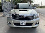 Cần bán xe Toyota Hilux 2012, màu bạc, nhập khẩu chính hãng giá 420 triệu tại Quảng Ninh