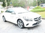 Cần bán Mercedes đời 2017, màu trắng xe gia đình, còn nguyên bản giá 1 tỷ 300 tr tại Hà Nội