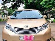 Bán Toyota Sienna 2.7 sản xuất 2010, xe nhập giá 1 tỷ 180 tr tại Tp.HCM