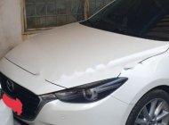Bán Mazda 3 sản xuất năm 2018, màu trắng, xe gia đình giá 700 triệu tại Tp.HCM